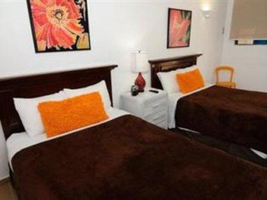 Tres Palmas Inn: Sqbk