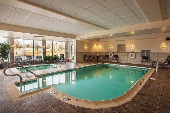 Phoenixville, Pensilvania: Hilton Garden Inn Valley Forge/Oaks Indoor Pool & Whirlpool