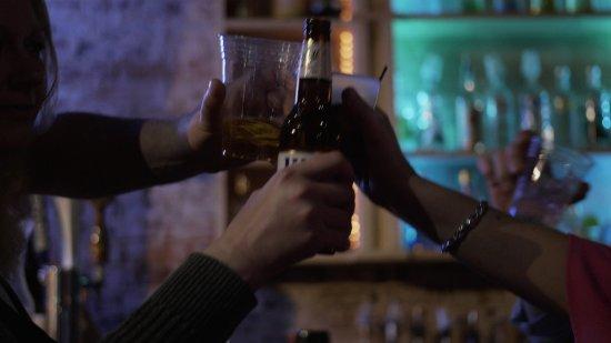 Deja Vu: Cheers!