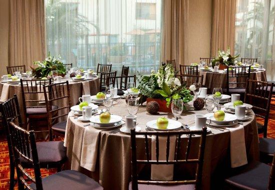 โกลตา, แคลิฟอร์เนีย: Meeting Room - Rounds Set Up