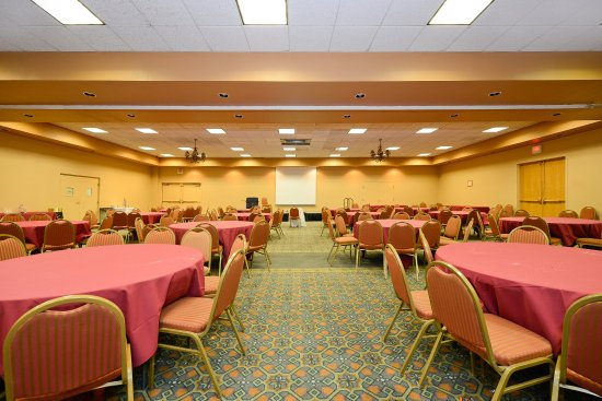 Americas Best Value Inn & Suites-Las Cruces/I-10 Exit 140: Banquet Room