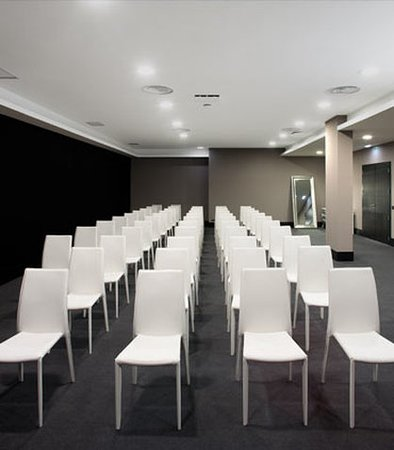 Fontecruz Lisboa Autograph Collection: Meeting Room