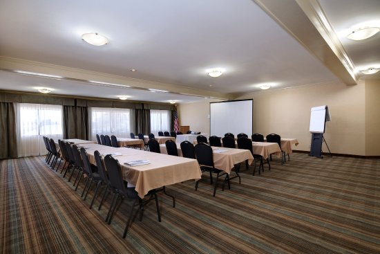 Holiday Inn Express Port Hueneme: Meeting Room