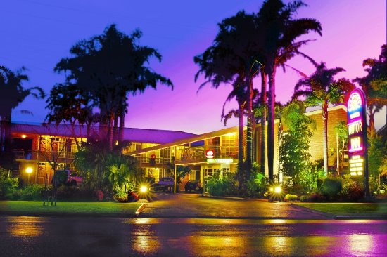 Merimbula, Australia: Motel at night