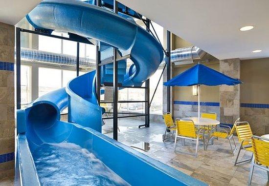 Indoor pool with waterslide  Indoor Pool Waterslide - Bild von Fairfield Inn & Suites St ...