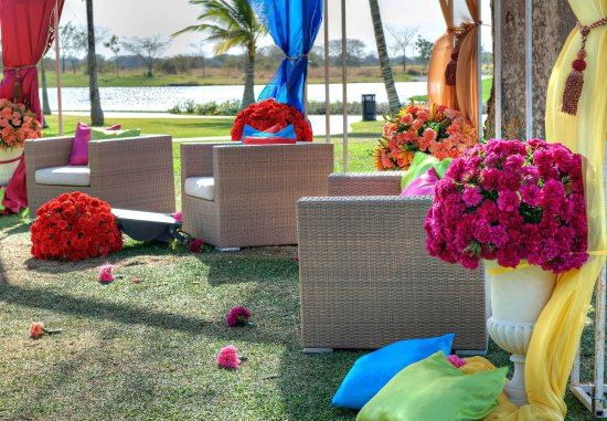 JW Marriott Panama Golf & Beach Resort: Buenaventura Golf Club   Wedding Reception Details