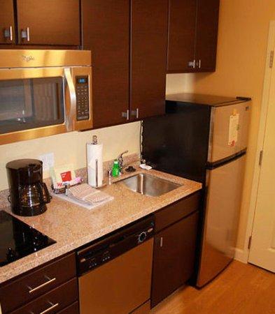 Richland, WA: Studio Kitchen