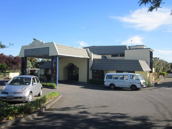 Exterior Picture Of Allenby Park Hotel Manukau