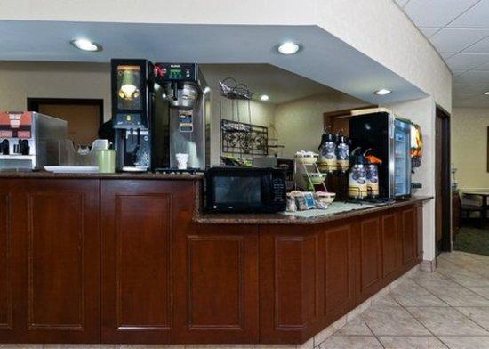 Quality Inn: Free hot Breakfast