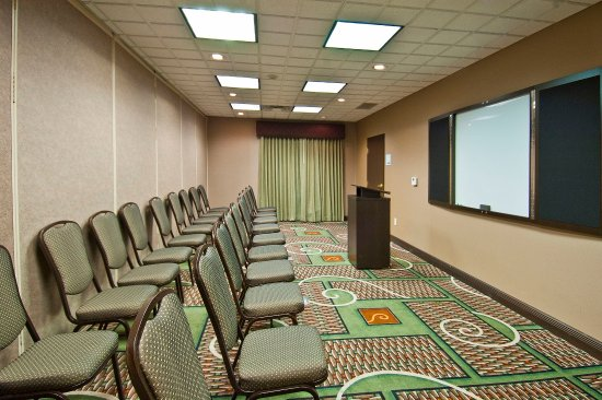 Oro Valley, AZ: Divided meeting room.