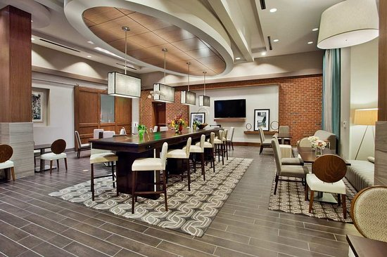 Carrboro, Carolina del Norte: Lobby and Breakfast Area