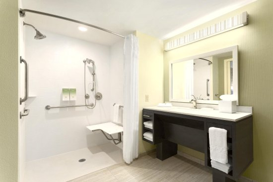 Home2 Suites by Hilton Pittsburgh / McCandless, PA: Accessible Roll-in Shower
