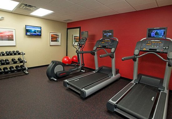 TownePlace Suites Bowling Green : Fitness Center   Cardio Machines