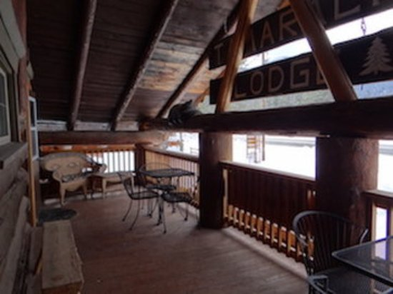 Hungry Horse, MT: Lodge Upstairs Deck