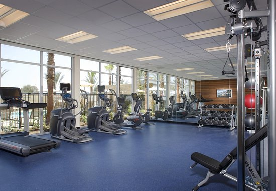 Tustin, CA: Fitness Center