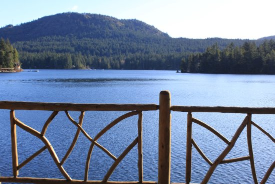 Shawnigan Lake, แคนาดา: View of the lake