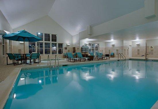Chicopee, Μασαχουσέτη: Indoor Pool
