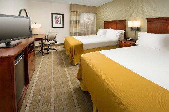 Woburn, MA: Double Bed Guest Rooms enjoy free WiFi plus mini-fridge & Keurig