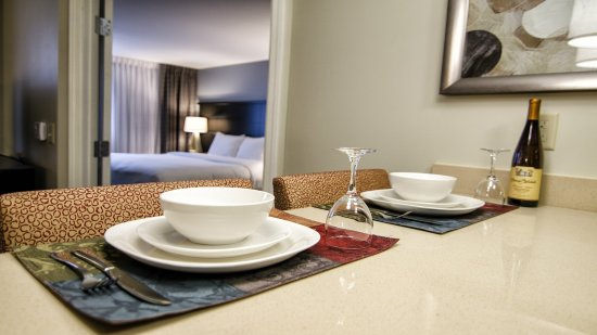 Marquette, MI: Guest Room