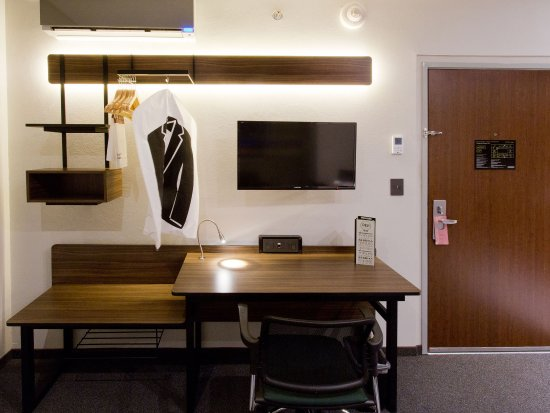 City Express Plus Santa Fe: Citysuites Santa Fe Habitacion Suite Master Escrit