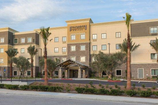 Corona, Califórnia: Hotel Exterior