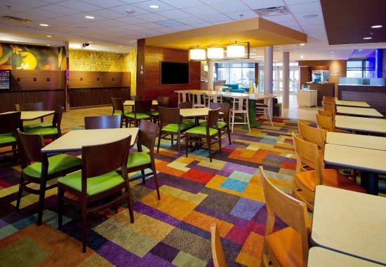 Wentzville, Missouri: Breakfast Seating Area