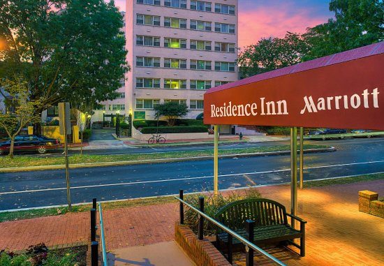 Residence Inn Washington, DC/Foggy Bottom : Entrance