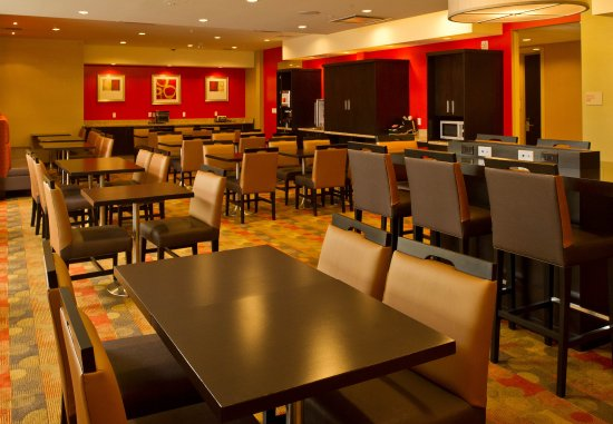 TownePlace Suites Thunder Bay: Breakfast Room
