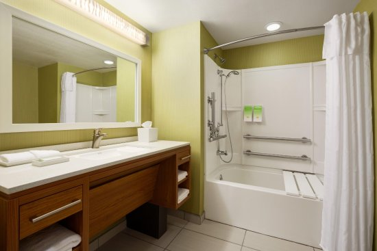 Henrietta, NY: Accessible Bathroom