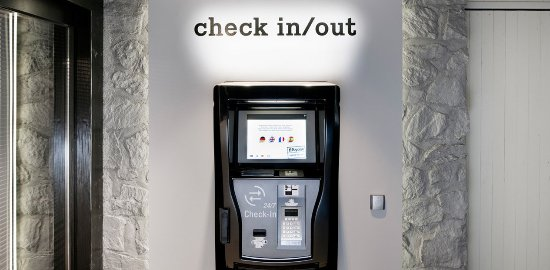 Davos Platz, Switzerland: Exterior self check in