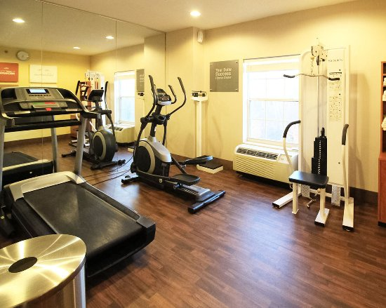 North Brunswick, NJ: Fitness Center