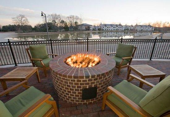 Ridgeland, Миссисипи: Outdoor Firepit