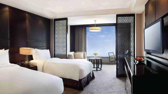 Crowne Plaza New Delhi Mayur Vihar Noida: 2 Single Beds