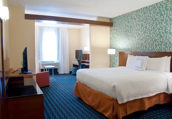 Urbandale, IA: King Suite   Sleeping Area