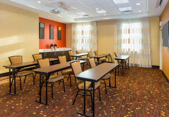 Residence Inn Youngstown Warren/Niles : Conference Room   Classroom Setup