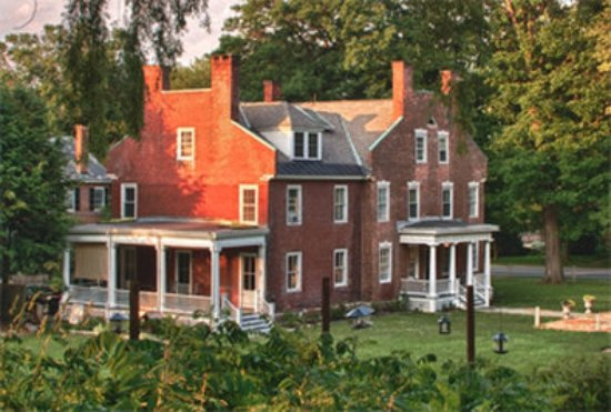 Snapdragon Inn: House