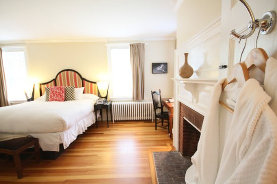 Windsor, VT: Bedroom