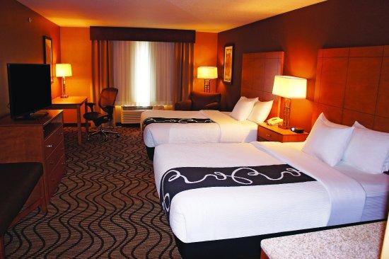 La Quinta Inn & Suites Coeur d' Alene: Guest Room