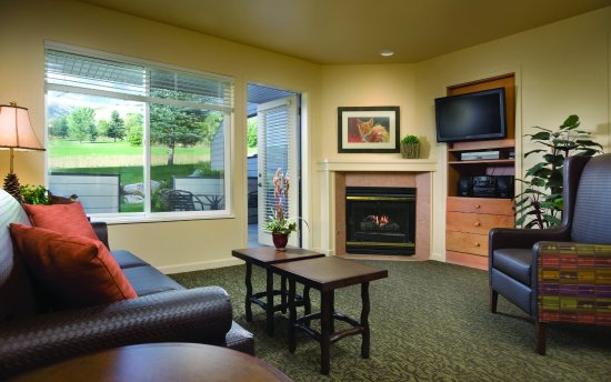 WorldMark Wolf Creek: Studio Suite Living Area