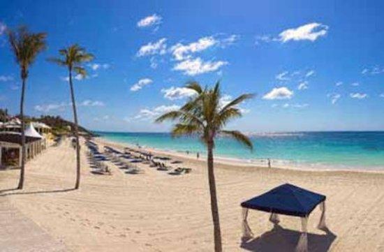 Elbow Beach, Bermuda: Beach