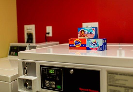 Lancaster, Californien: Guest Laundry