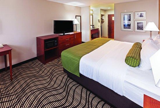 La Quinta Inn & Suites Midwest City - Tinker AFB