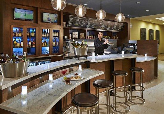 Sunnyvale, CA: The Bistro Bar