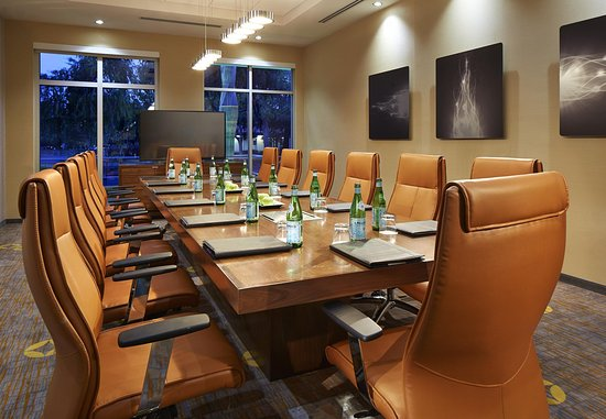 Sunnyvale, CA: Boardroom