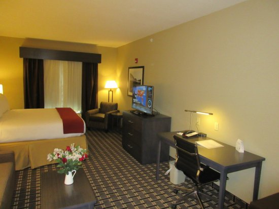 Butler, PA: Suite