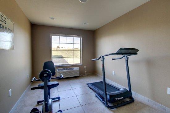Avoca, IA: Fitness Center