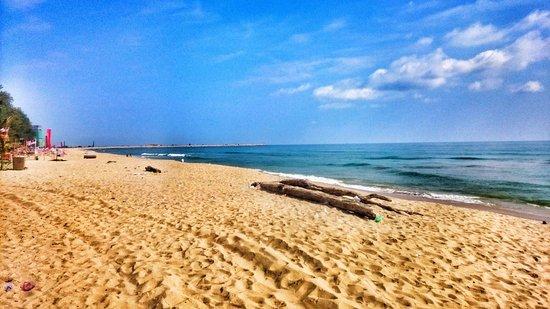 Куала-Теренггану, Малайзия: Batu Buruk beach