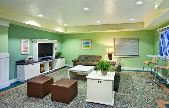 WorldMark Long Beach Lounge