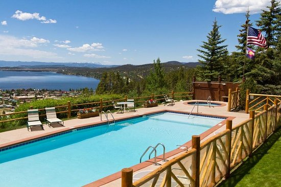 Grand Lake Lodge: Pool view