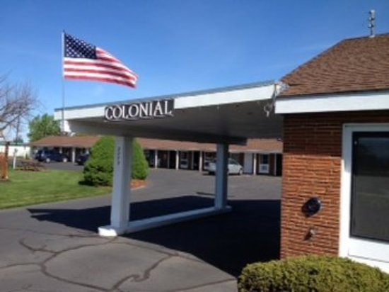 Colonial Motel: Officea